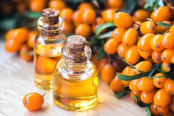 Полезное для кожи облепиховое масло