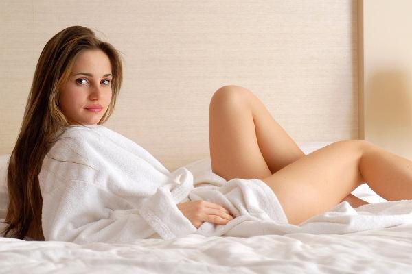 Девушка со сбитым гормональным фоном