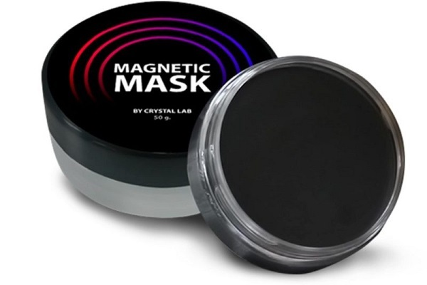 Магнитная маска от акне у женщин